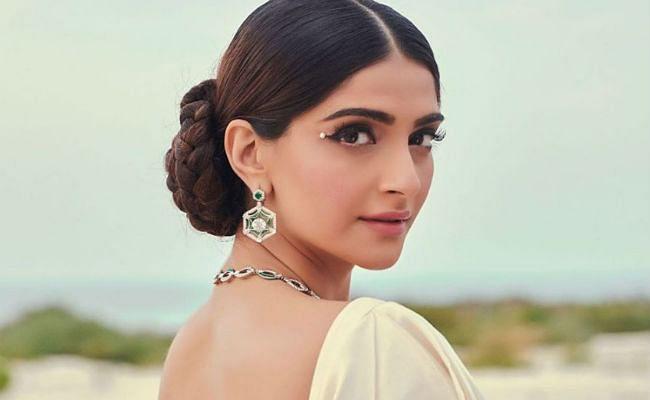 'सुशांत सिंह राजपूत को नहीं जानती सोनम कपूर', ट्रोल होने के बाद अभिनेत्री ने उठाया ये कदम