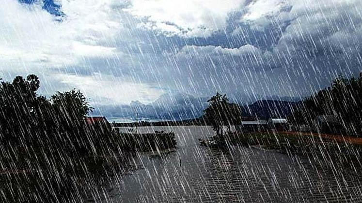 Weather Forecast Updates Today : मानसून की एंट्री के साथ ही झारखंड में हो रही गरज के साथ भारी बारिश, देखें अन्य राज्यों का हाल