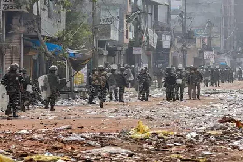 दिल्ली हिंसा : अली बंधुओं की पीटकर हुई थी हत्या,  20 लोगों के खिलाफ आरोपपत्र दायर