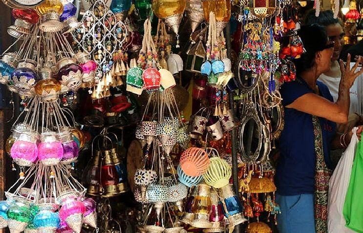 दिल्ली के बाजार खुले रहेंगे या बंद होंगे, व्यापारी कल करेंगे फैसला