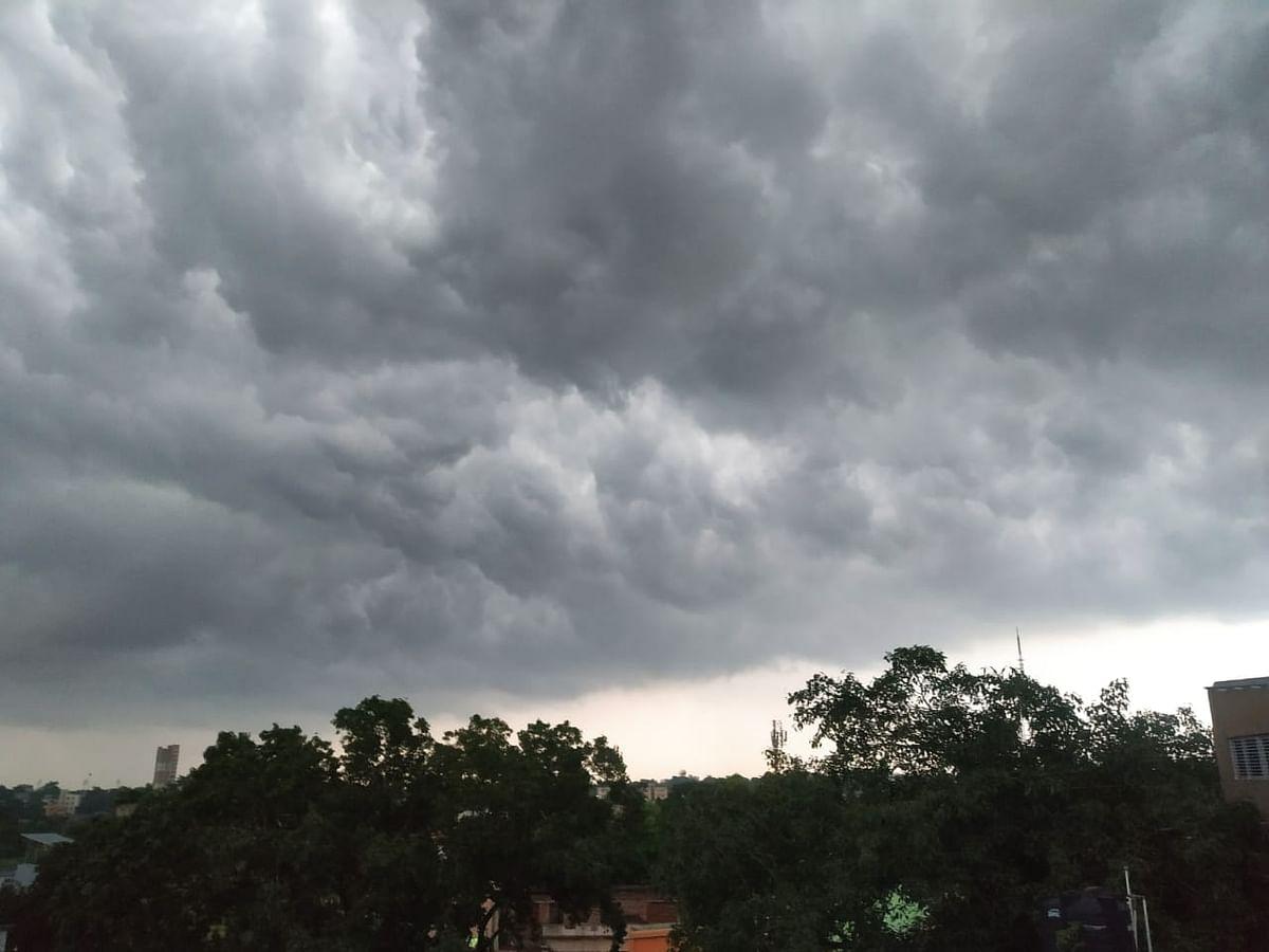 Weather Forecast Live Updates : पूर्वोत्तर भारत में झमाझम बारिश, बिहार में बाढ़ का खतरा, जानें झारखंड-यूपी-दिल्ली सहित अन्य राज्यों के मौसम का हाल