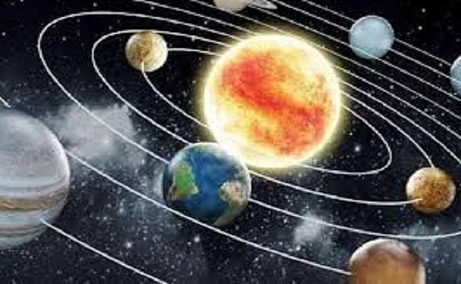Chandrama ka rashi parivartan: आज चंद्रमा वृषभ राशि में करेंगे प्रवेश, जानिए इन 06 राशि वालों के लिए आएगा खुशी का दिन