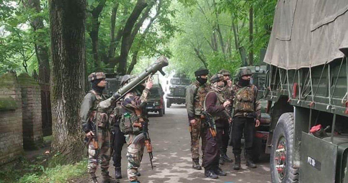 जम्मू-कश्मीर के आईजी ने कहा- भाजपा के तीन नेताओं की हत्या में लश्कर ए तैयबा का हाथ