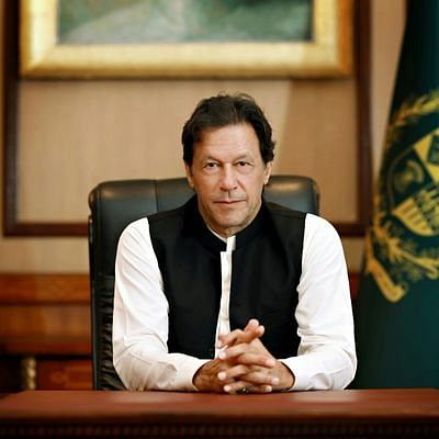 जम्मू-कश्मीर प्रशासन ने जारी किया डोमिसाइल सर्टिफिकेट, तो पाक पीएम इमरान खान के पेट में हुआ दर्द, ट्वीट कर कही ये बात...