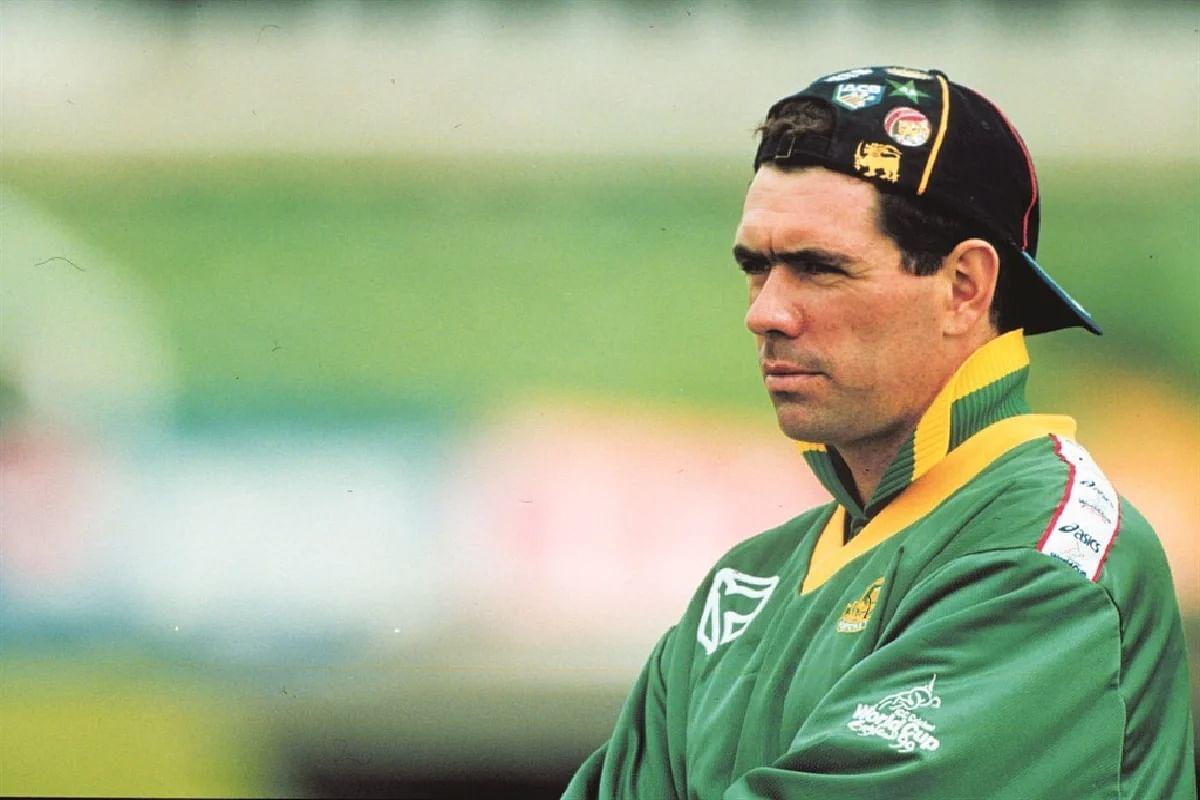 आज ही के दिन प्लेन क्रैश में हो गयी थी दक्षिण अफ्रीका के सबसे विवादित कप्तान हैंसी क्रोनिए की मौत