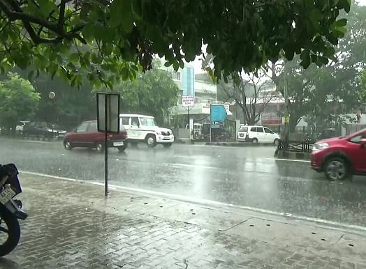 Weather Forecast: मानसून पहुंचा केरल, जानिए कब तक पहुंचेगा बिहार, झारखंड, यूपी और दिल्ली
