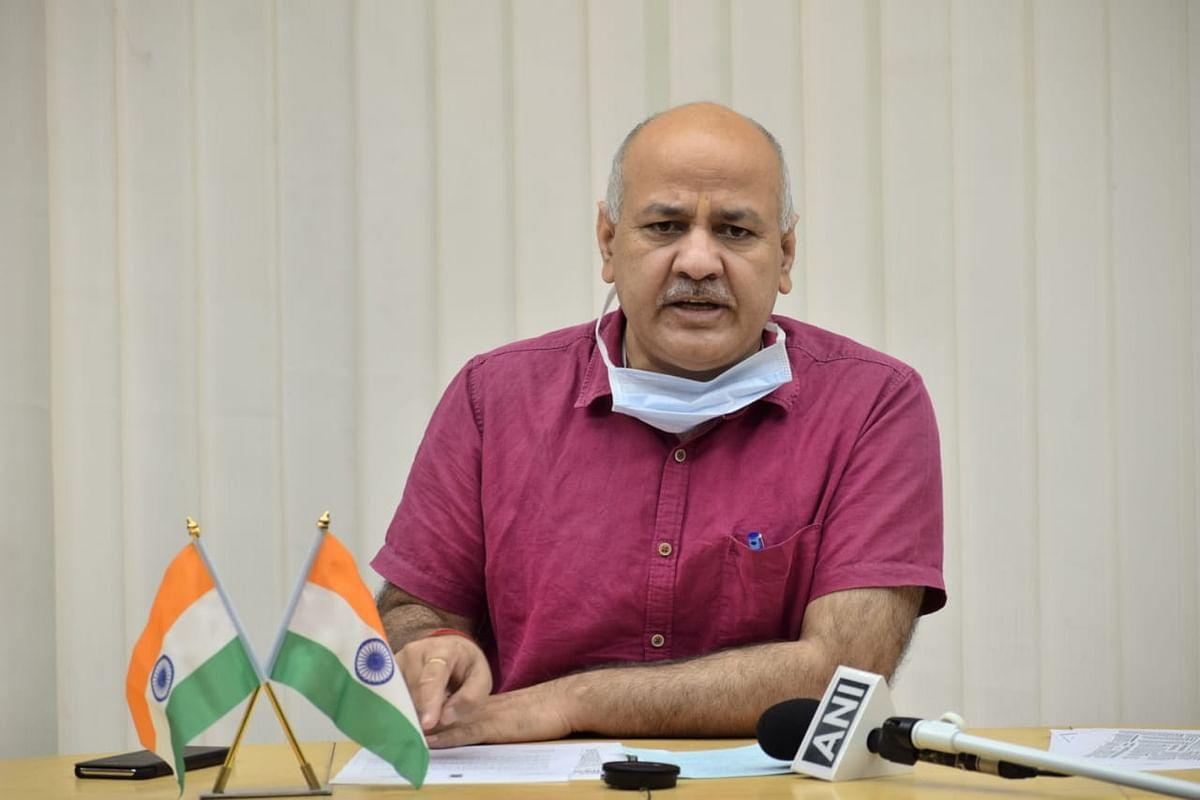दिल्ली के उपमुख्यमंत्री मनीष सिसौदिया की तबीयत बिगड़ी कोरोना के साथ डेंगू का अटैक, मैक्स अस्पताल शिफ्ट किया गया