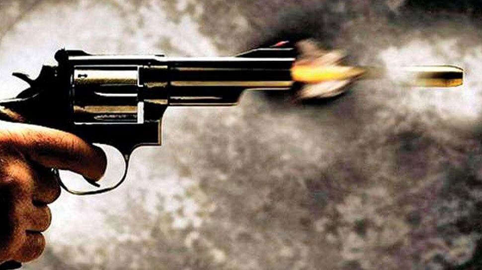 गैंगवार की घटना से सहमा मुंगेर, घर में घुसकर की गई गोलीबारी से पति-पत्नी सहित चार घायल