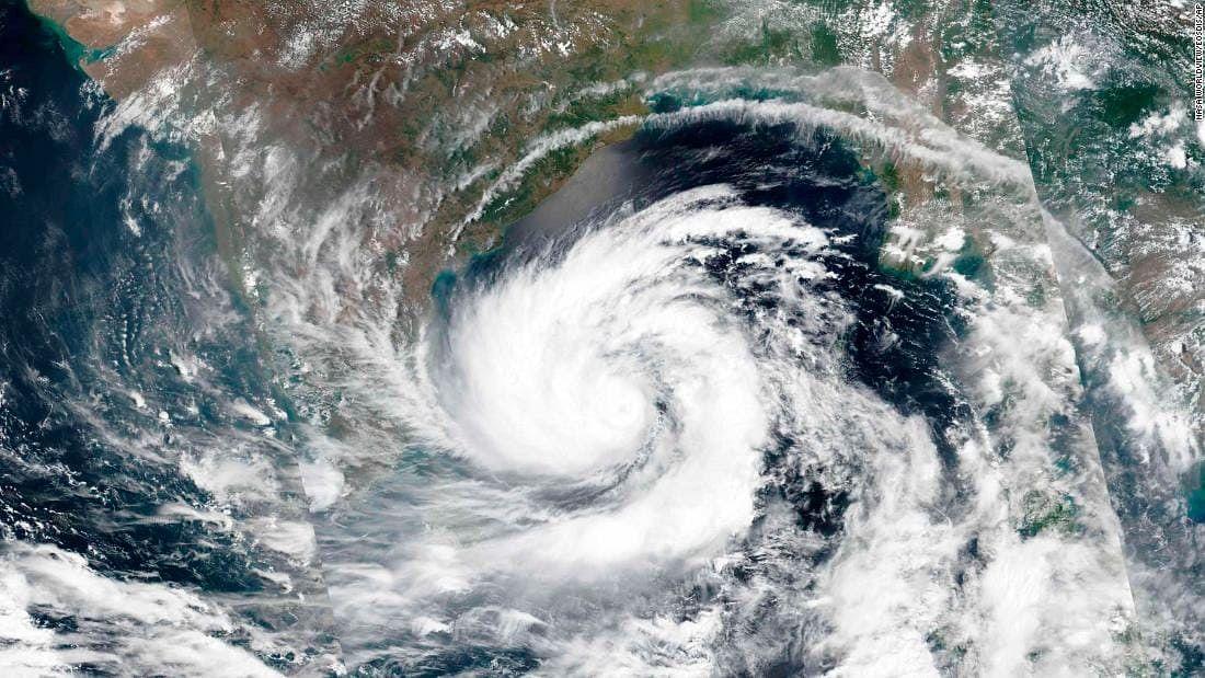 महाराष्ट्र पर 129 साल बाद साइक्लोन  'निसर्ग' का साया, कोरोना संकट से जूझ रहे राज्य में  मंडराया बड़ा  खतरा