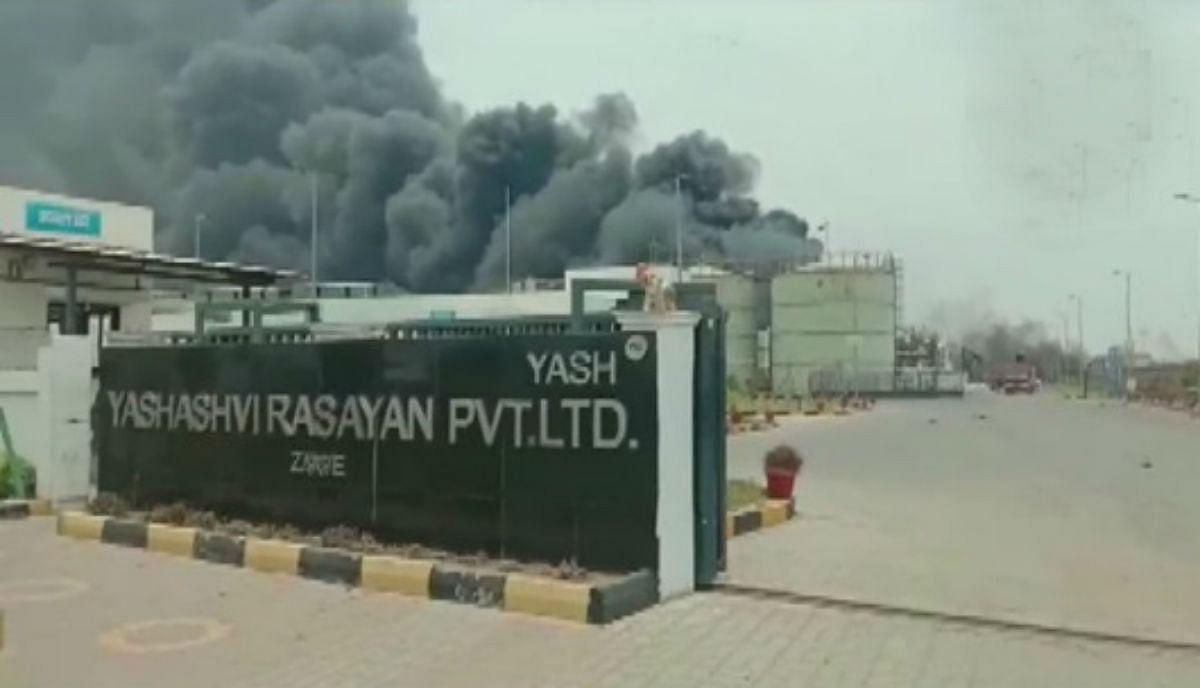 गुजरात : भरूच में रसायन फैक्टरी में विस्फोट, 5 लोगों की मौत, 57 घायल, 4,800 लोगों को सुरक्षित स्थान पर पहुंचाया गया