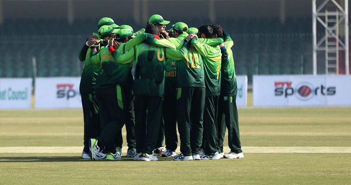 कोरोना की चपेट में आयी इस देश की पूरी क्रिकेट टीम, मचा हड़कंप