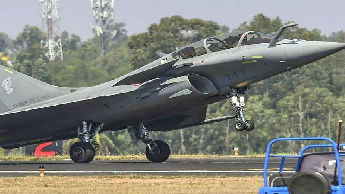 भारत-चीन तनाव के बीच बड़ी खबर, देश के पास जल्द होगा राफेल लड़ाकू विमान