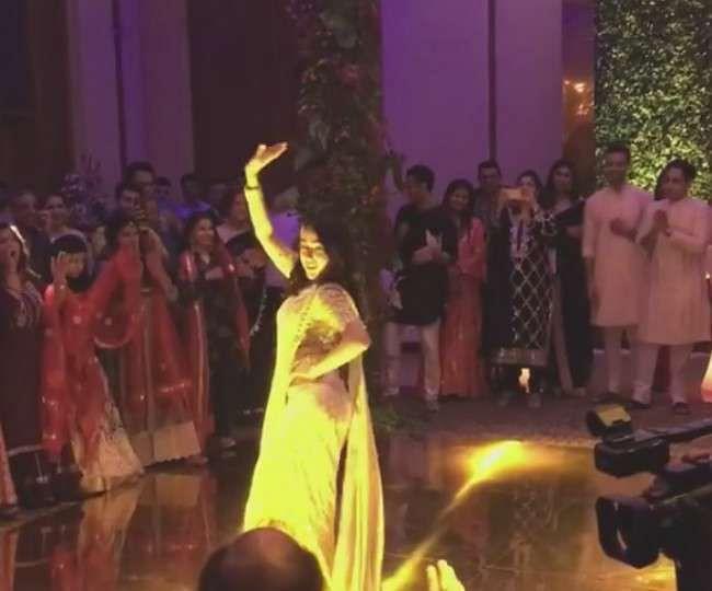 'सात समुंदर पार' गाने पर सारा अली खान ने डांस से लगा दी आग, वायरल वीडियो से नहीं हटेंगी नजर