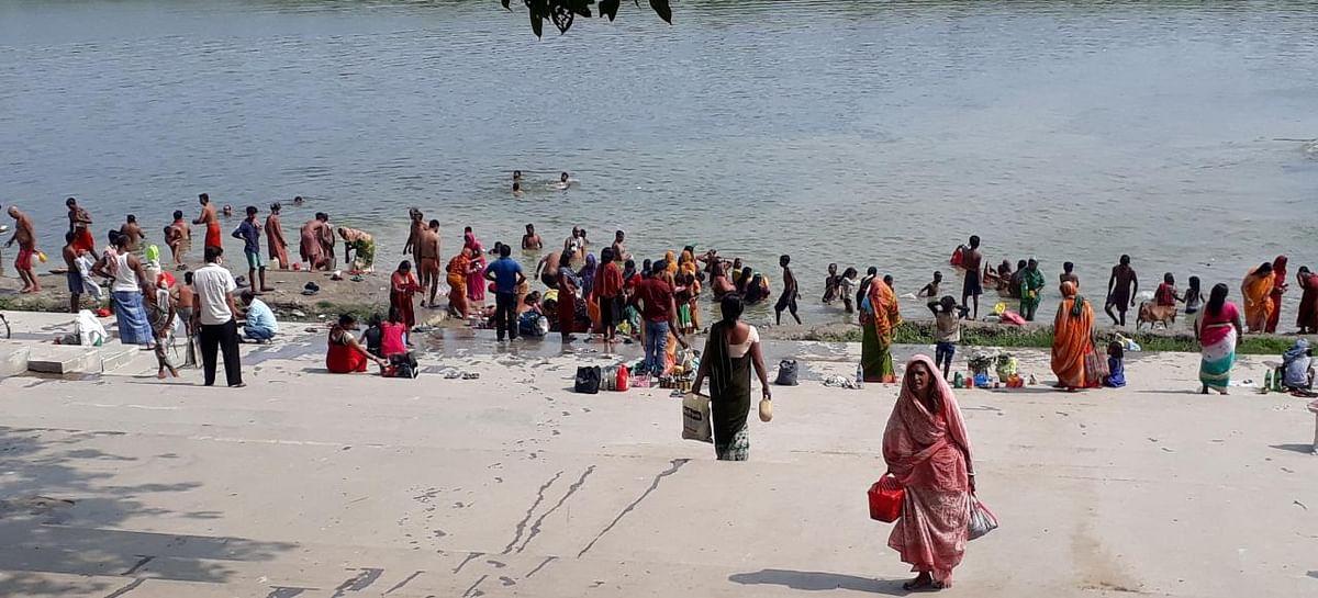 गंगा दशहरा पर साहिबगंज में भक्तों ने लगायी डुबकी, ये है गंगा स्नान का महत्व
