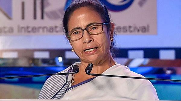 पश्चिम बंगाल में डॉक्टर्स डे पर छुट्टी,  शुरू होगी टेलीमेडिसिन सेवा
