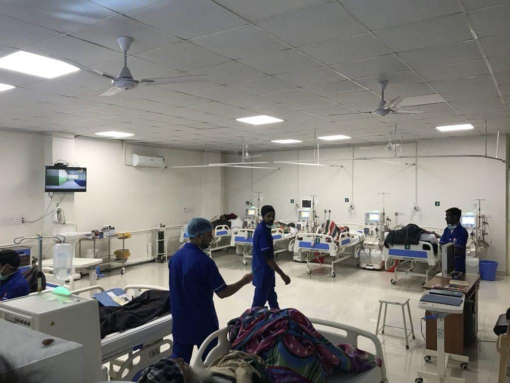 Bengal Corona News: कोरोना के बढ़ते केस के बीच CS ने की हाईलेवल मीटिंग, निजी अस्पतालों को दिया बेड बढ़ाने का निर्देश