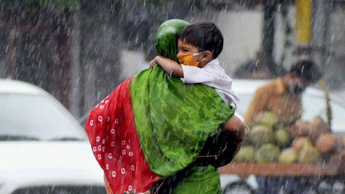 Weather Forecast Today LIVE Update : फिर करवट लेगा मौसम, होगी तूफान के साथ बर्फबारी, झारखंड-दिल्ली में बारिश, जानें बिहार-यूपी सहित देश के अन्य राज्यों के मौसम का हाल