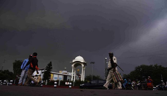 बिहार में 36 घंटे तक रहेगा गुलाब का असर, चंपारण, तिरहुत में भारी बारिश की आशंका