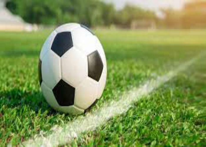 आर्थिक तंगी ने अंतर्राष्ट्रीय फुटबॉलर को बना दिया बीएसएल का ठेका मजदूर, सरकार से नहीं मिली मदद