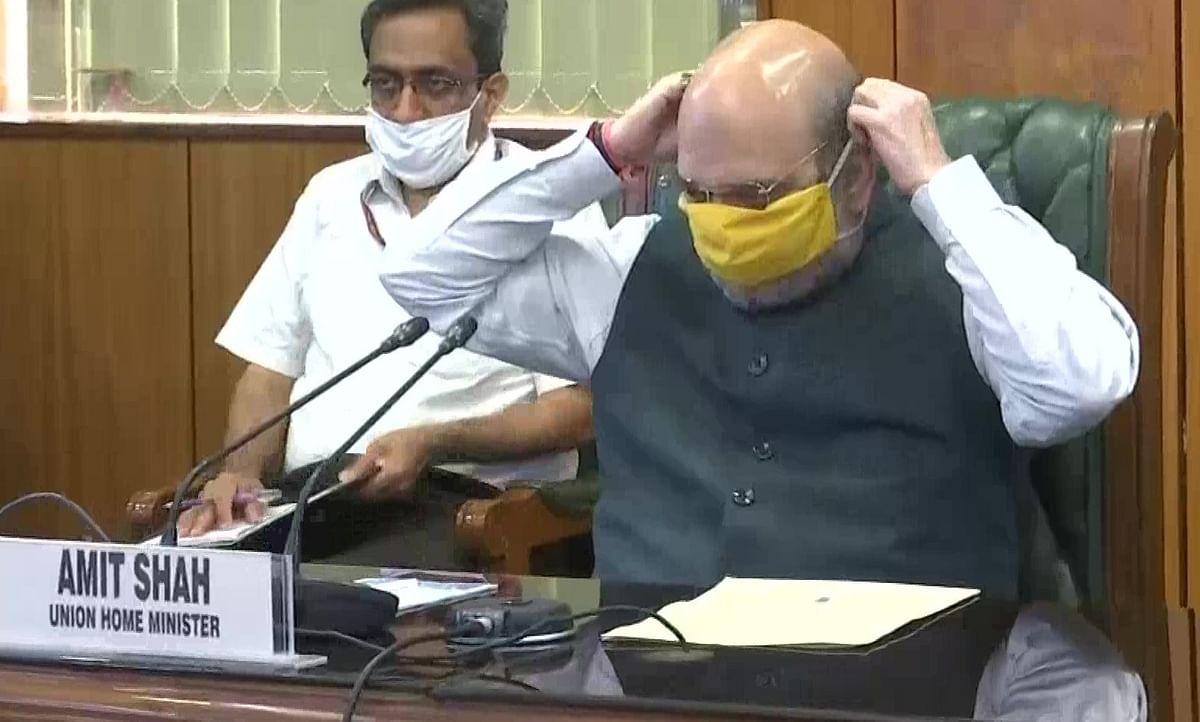 दिल्ली में कोरोना ने बढ़ायी चिंता, शाह ने की केजरीवाल और LG के साथ हाईलेवल मीटिंग, दोगुनी होगी COVID-19 जांच