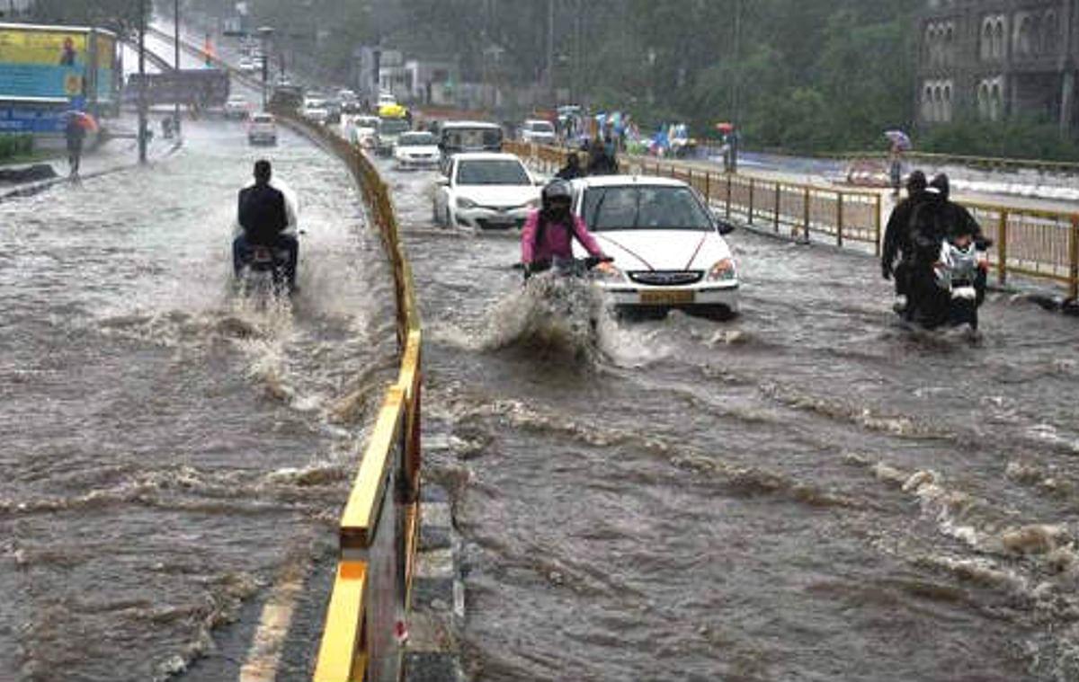 मध्य प्रदेश के इंदौर, रीवा एवं उज्जैन संभागों में भारी बारिश की चेतावनी