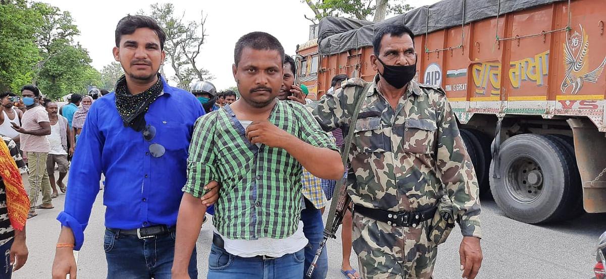 नशे में धुत सोनपुर के ड्राइवर को पुलिस ने किया गिरफ्तार.