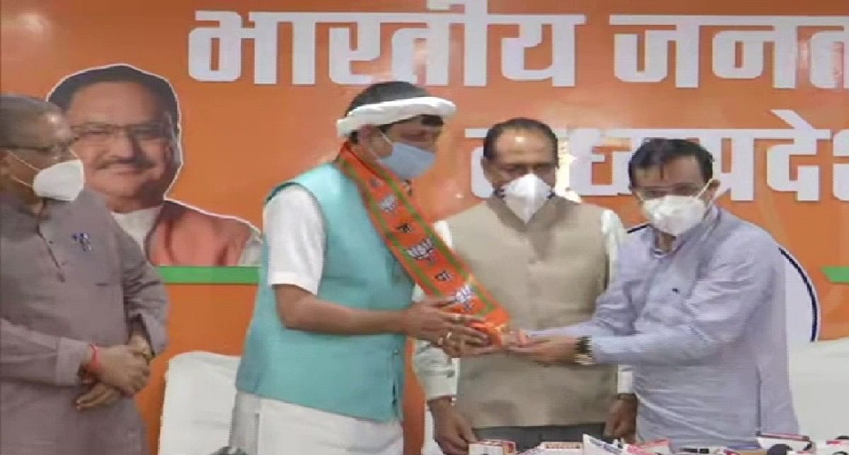 मध्य प्रदेश में कांग्रेस को झटका, विधायक प्रद्युम्न सिंह लोधी बीजेपी में शामिल, विधानसभा की सदस्यता से भी इस्तीफा