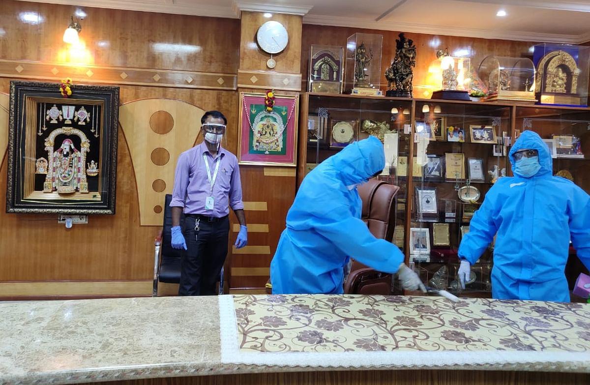 EXCLUSIVE: कोरोना की 90 दिन के लिए छुट्टी कर देता है झारखंड के डॉ राजेश का NANOVA HYGIENE+, अमेरिकी लैब ने भी माना लोहा