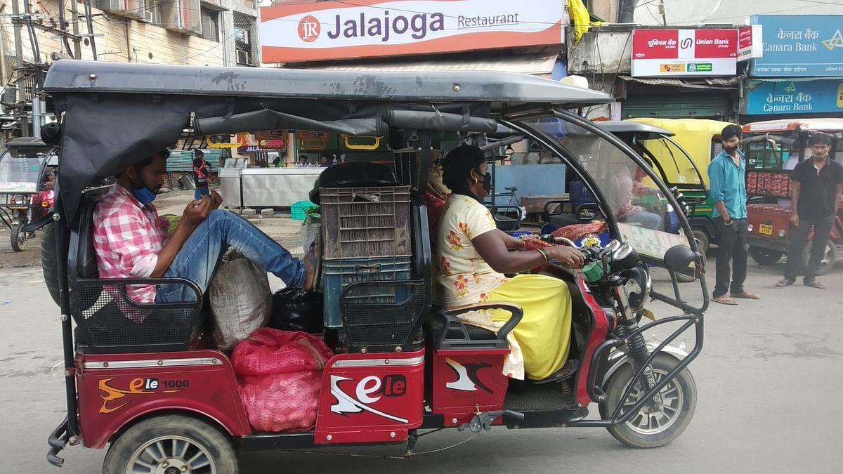 झारखंड में लॉकडाउन पर आपदा प्रबंधन की टीम ने हेमंत सोरेन को सौंपी रिपोर्ट! रांची में नहीं चलेंगे ऑटो, दुकानों पर है यह सुझाव
