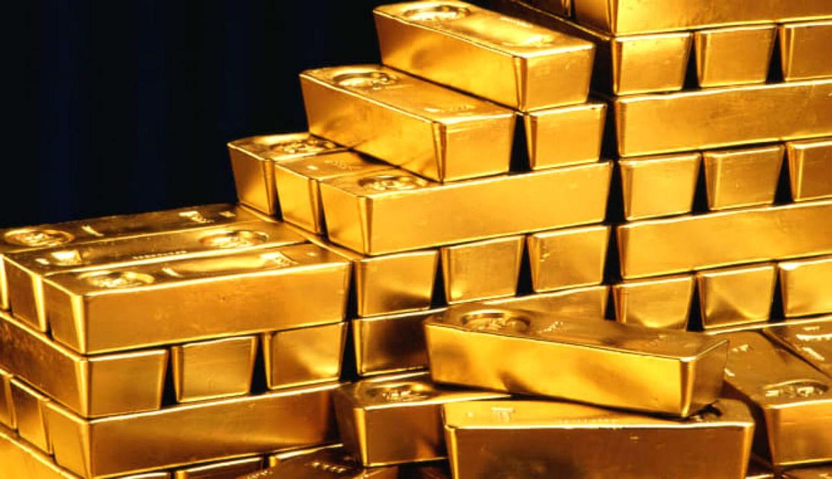 Covid-19 ने फीका कर दिया सोने की चमक, तीन महीने में डिमांड में आयी भारी गिरावट