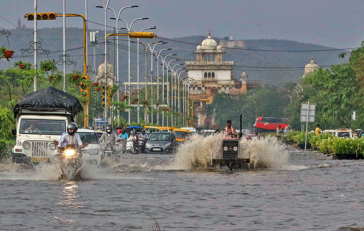 Weather Forecast Update : बिहार में आठ से 12 जुलाई तक भारी बारिश, जानें झारखंड-यूपी-दिल्ली सहित अन्य राज्यों के मौसम का हाल