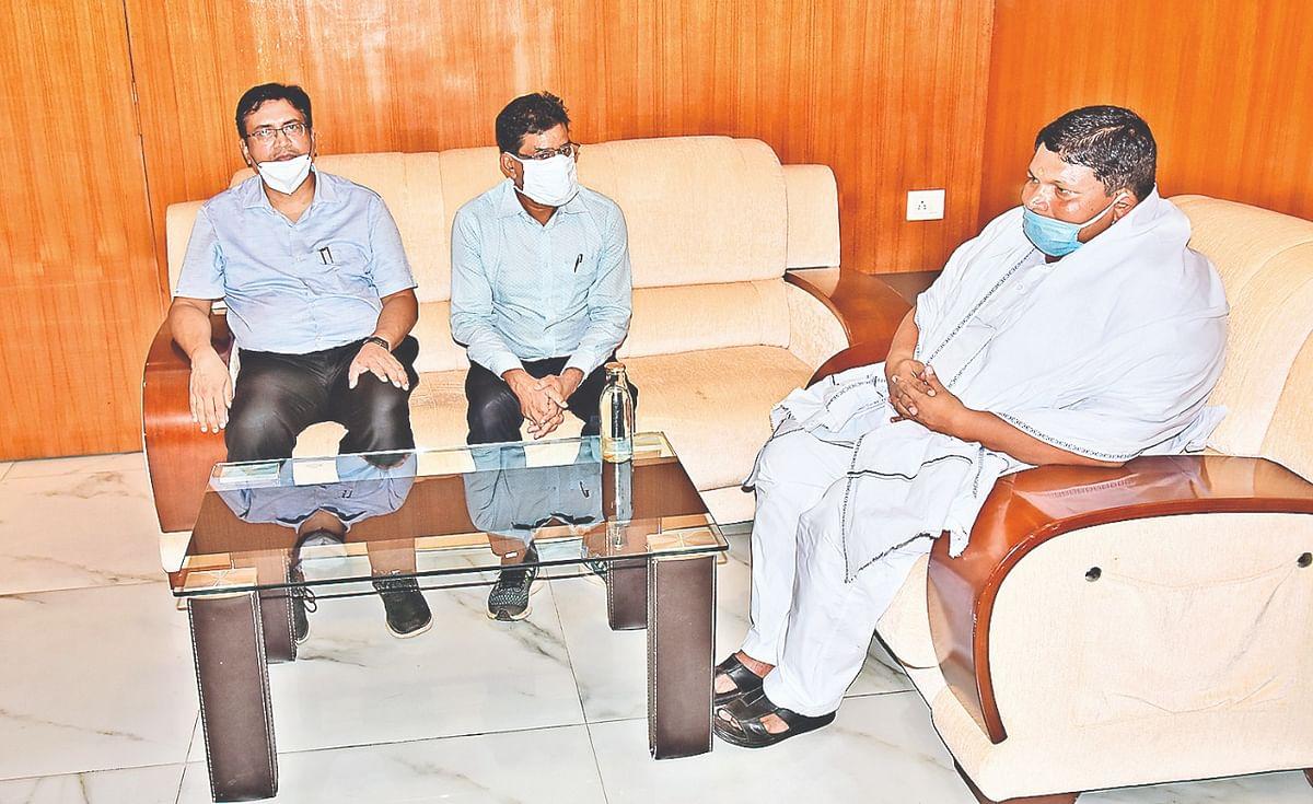 झारखंड के 79 हजार किसानों का कर्ज माफ करेगी हेमंत सोरेन सरकार, कृषि मंत्री ने जमशेदपुर में किया बड़ा एलान
