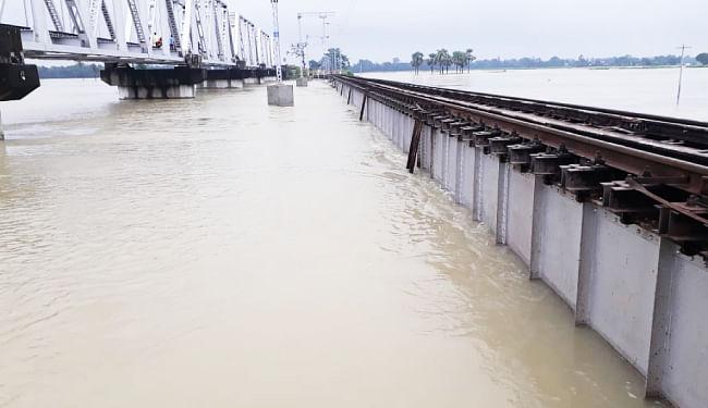 दरभंगा-समस्तीपुर रेलखंड खुलने के अभी आसार कम, वाया सीतामढ़ी ही जायेंगी इस रूट की ट्रेंने