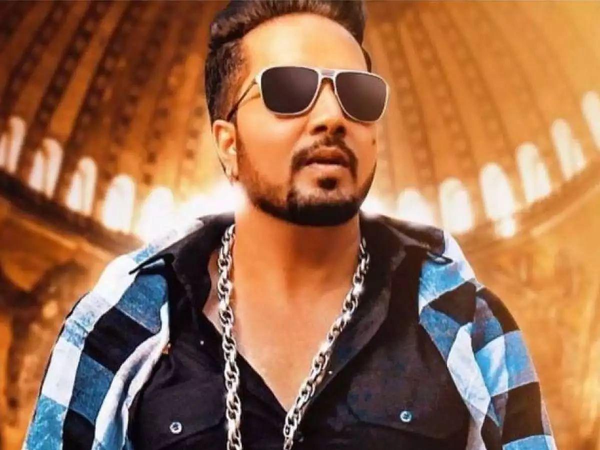 सोनू निगम- भूषण कुमार की लड़ाई को लेकर बोले मीका सिंह- दोनों बॉयफ्रेंड- गर्लफ्रेंड की तरह हैं, ये मामला...