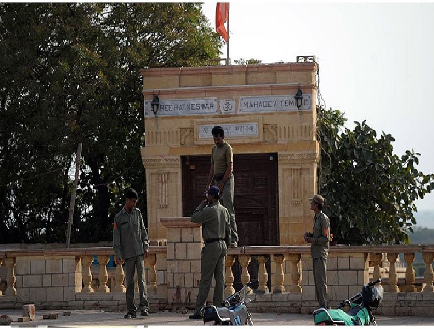 पाकिस्तान में पहले हिंदू मंदिर के निर्माण को चुनौती देने वाली याचिका खारिज
