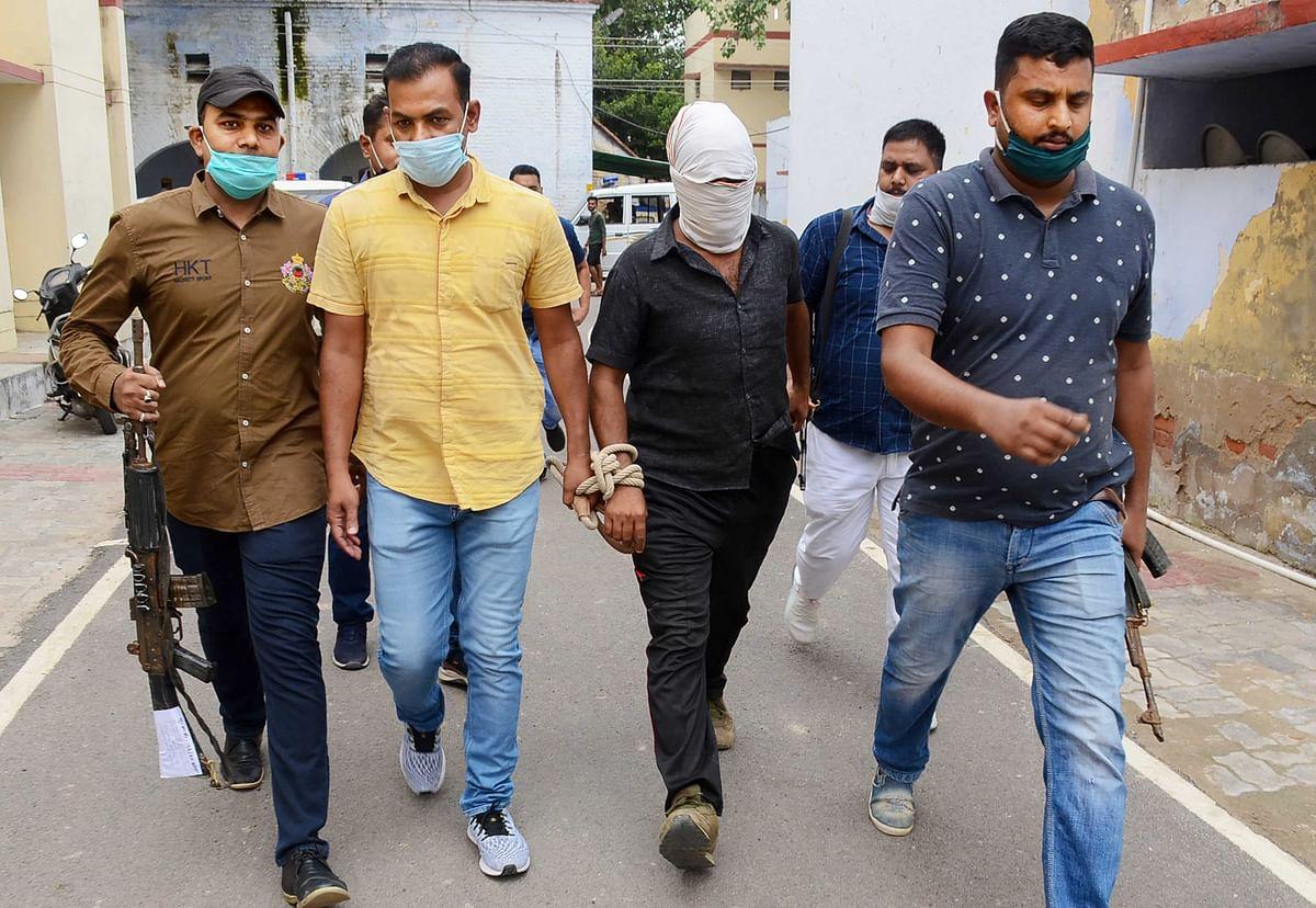 कानपुर मुठभेड़ : ''विकास दुबे के कहने पर ही हुई आठ पुलिसकर्मियों की हत्या'', ...पढ़ें रिपोर्टर और शशिकांत के बीच सवाल-जवाब
