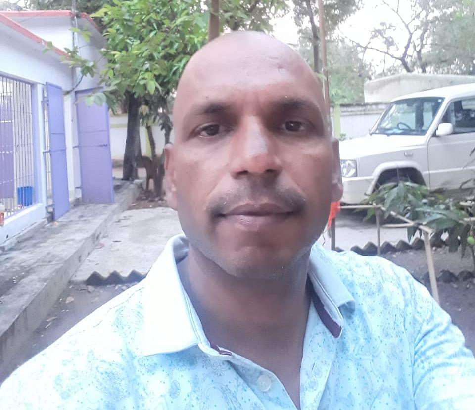 जमशेदपुर के जुगसलाई रेलवे लाइन पर मिली पालाजोड़ी के बीडीओ नागेंद्र तिवारी की लाश
