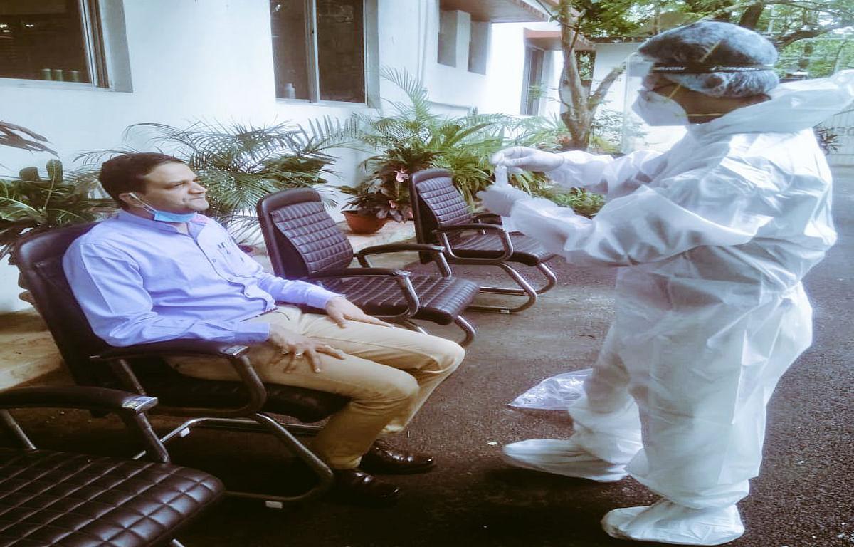 Jharkhand Coronavirus Live update: राज्य में 4.74 फीसदी की दर से बढ़ रहा संक्रमण, 14.92 दिन में दोगुने हो रहे मामले