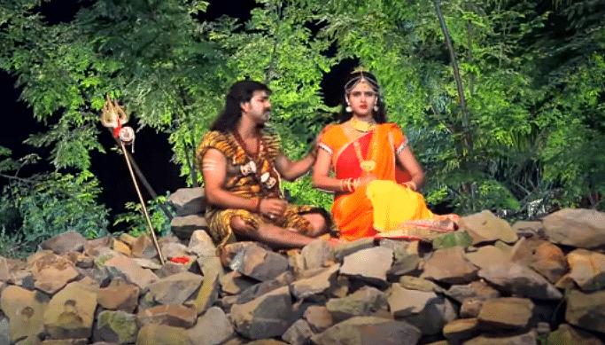 Bhojpuri Sawan Song : सावन में पवन सिंह के इस गाने ने मचायी धूम, बार-बार देखा जा रहा VIDEO