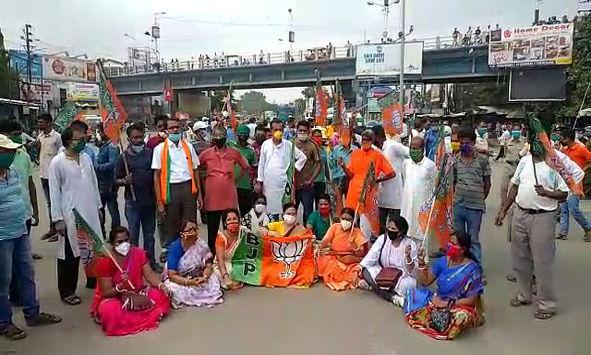 भाजपा विधायक की संदिग्ध मौत के खिलाफ उत्तर बंगाल बंद, सड़क पर उतरे कार्यकर्ता, हुई गिरफ्तारी