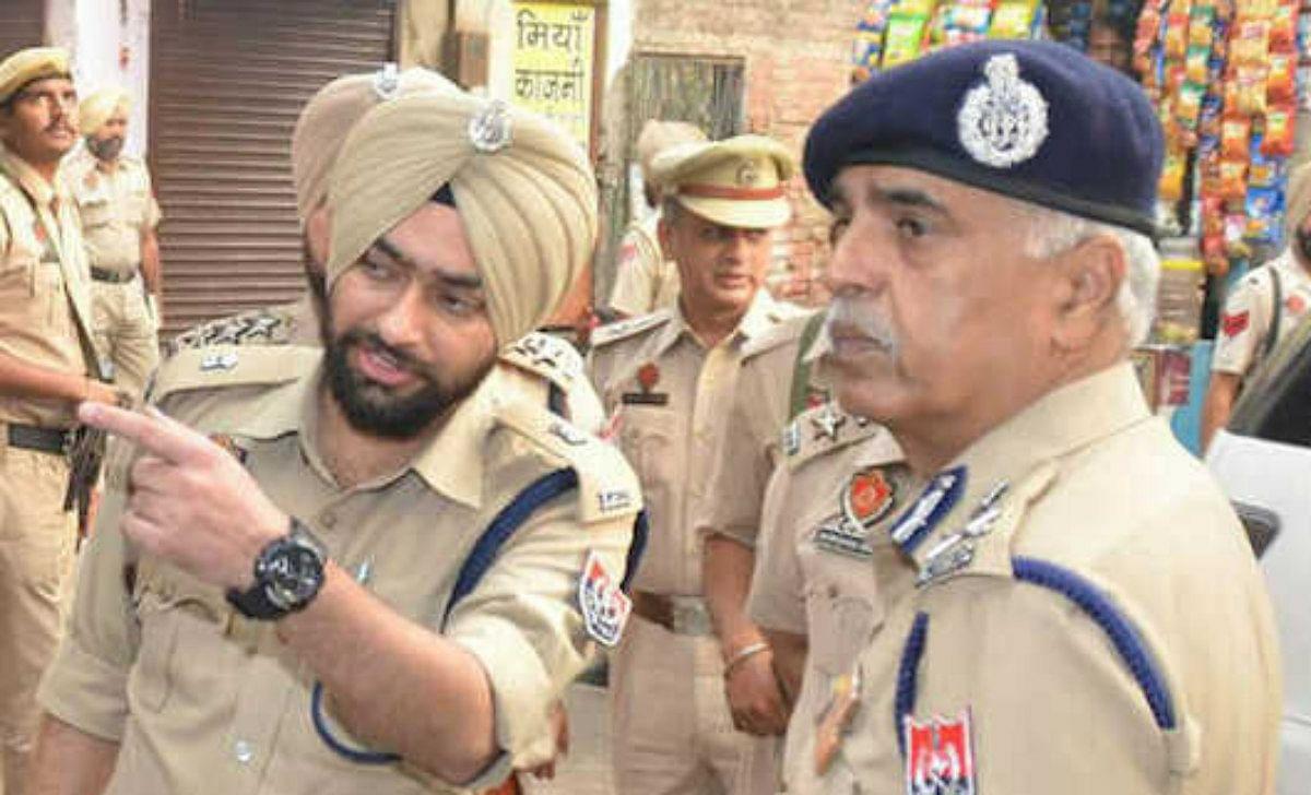 पाकिस्तान के लिए जासूसी के आरोप में BSF जवान गिरफ्तार, विदेशी हथियार और ड्रग्स बरामद