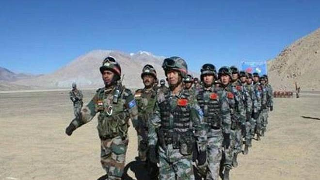 India China Face Off: डेपसांग में 15 हजार चीनी सैनिकों का जमावड़ा, मेजर जनरल लेवल की वार्ता जारी