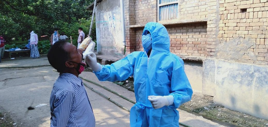 Jharkhand Coronavirus Live update: कोरोना के मामलों में आ रही तेजी, मुख्यमंत्री समेत पूरा कोरेंटिन समेत कई अधिकारी कोरेंटिन