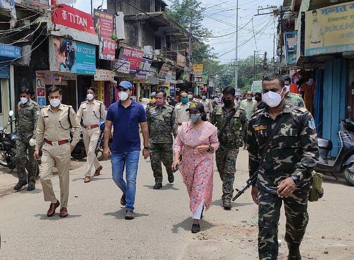 Coronavirus in Jharkhand LIVE Update :  हजारीबाग नगर निगम क्षेत्र में कल से हफ्तेभर के लिए संपूर्ण लॉकडाउन, सिर्फ आवश्यक सेवाओं को छूट, झारखंड में कोरोना संक्रमितों की संख्या हुई 3978