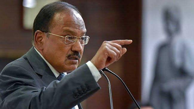 चीन कर रहा चोरी के बाद सीनाजोरी, भारत को बताया घुसपैठिया, खुद को शांतिदूत, एनएसए डोभाल कर रहे हैं उच्चस्तरीय बैठक