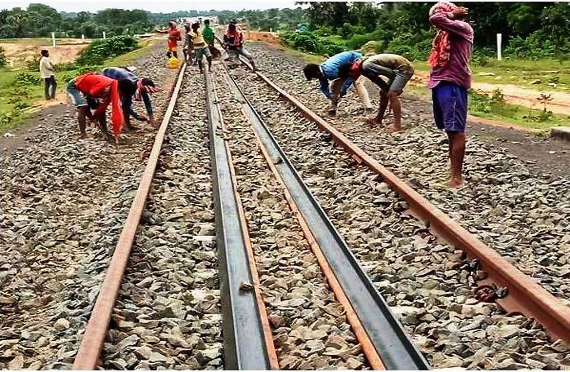 पोड़ैयाहाट- गोड्डा रेल लाइन का काम शुरू, 1800 प्रवासी मजदूरों को मिलेगा रोजगार