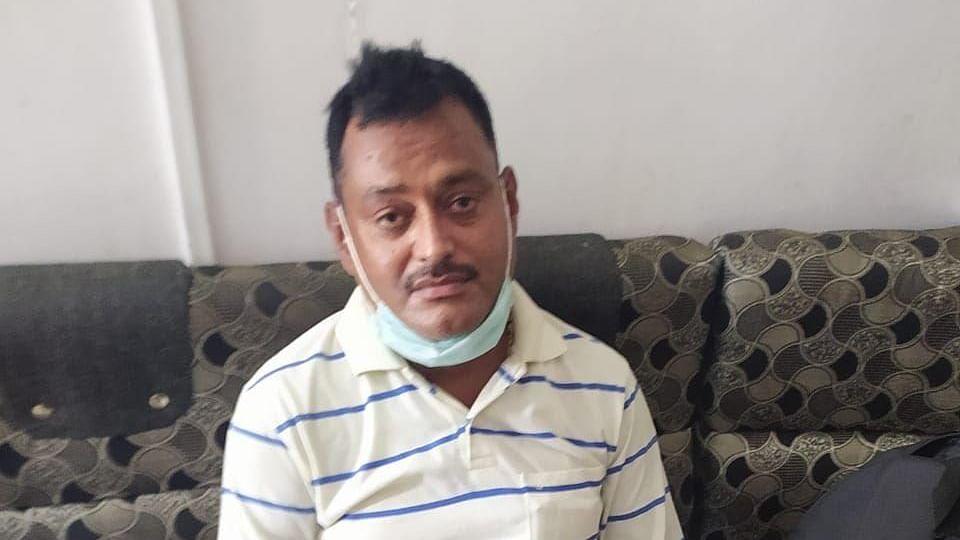 Kanpur Encounter Live : गैंगस्टर विकास दुबे को गुमनाम स्थान पर ले गई पुलिस ! शिवराज-योगी के बीच फोन पर हुई बातचीत