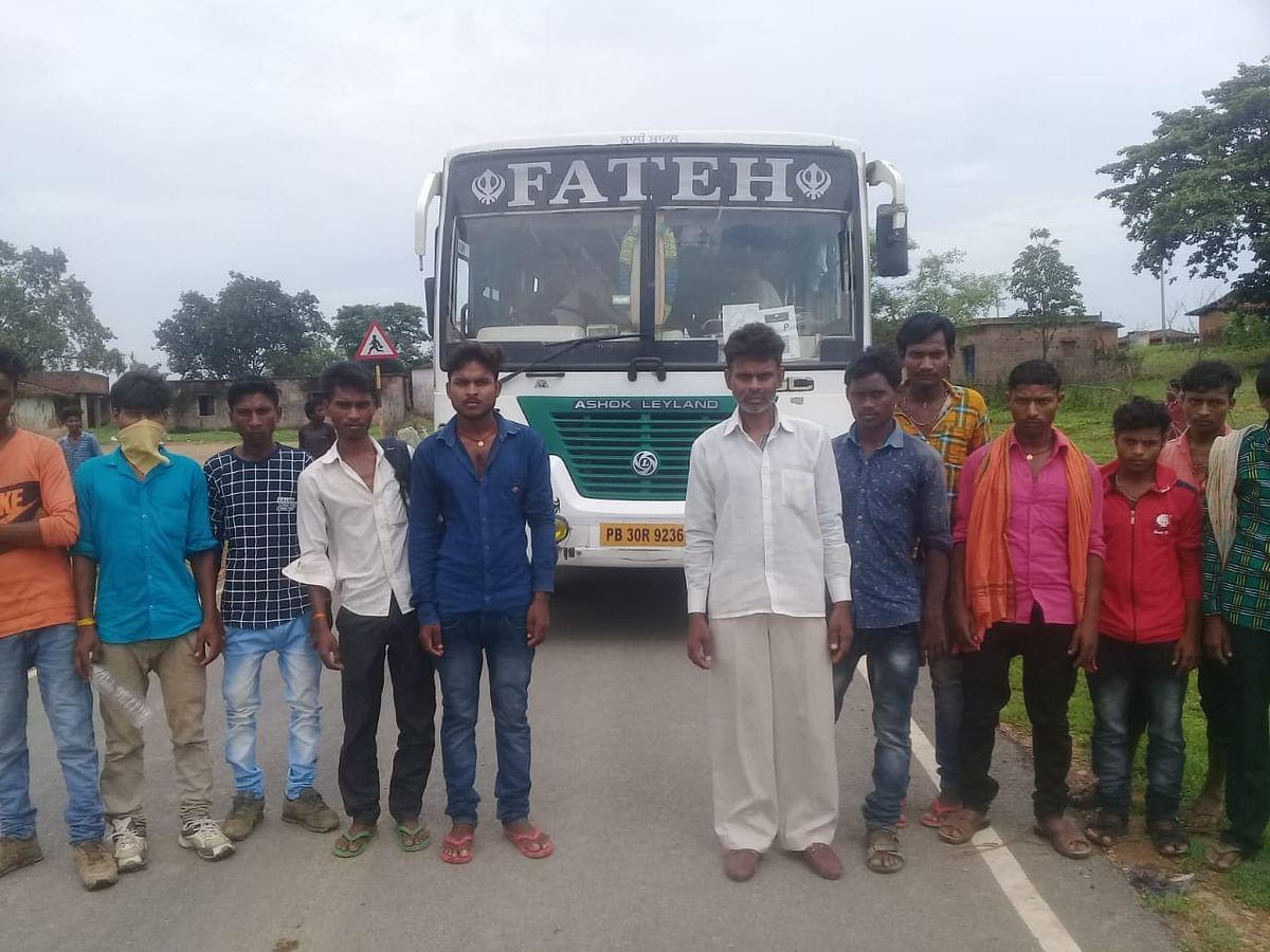आदिवासी बहुल गांव के मजदूरों का पलायन शुरू.
