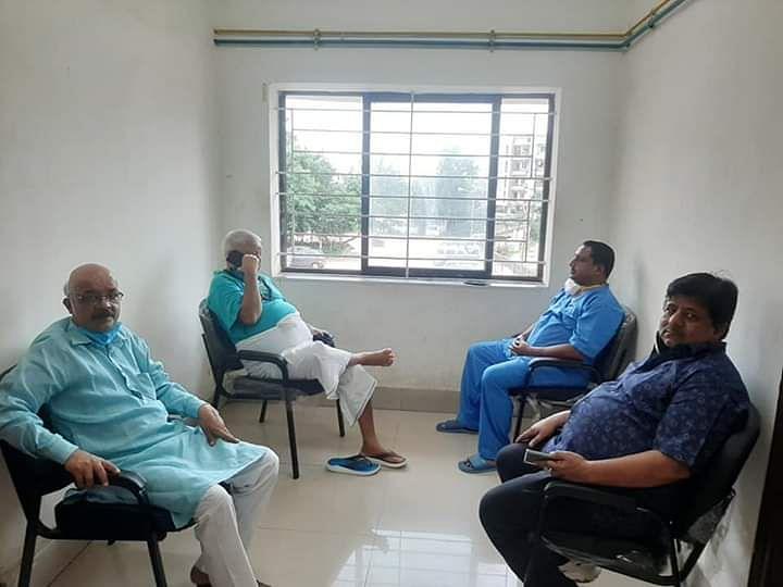 सजा काट रहे लालू की फोन पर बात करते तस्वीर आयी सामने, भाजपा ने लगाये ये आरोप