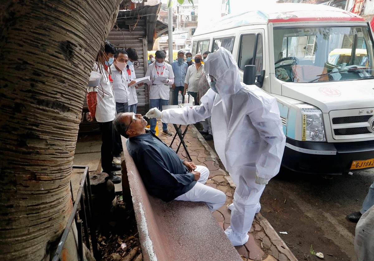 हवा में फैल रहा कोरोना वायरस ? स्वास्थ्य मंत्रालय ने WHO की रिपोर्ट पर दिया जवाब